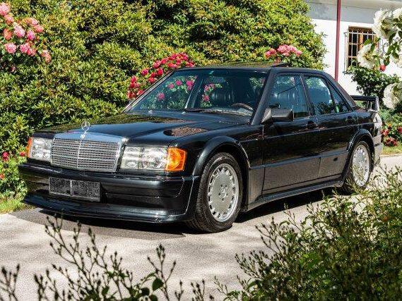 https://de.wikipedia.org/wiki/Mercedes-Benz_W_201